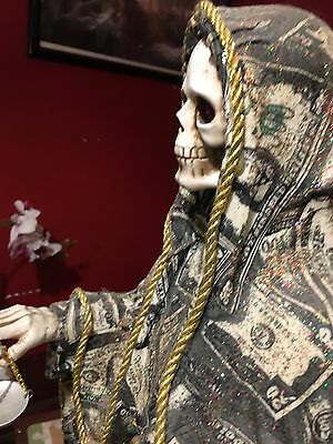 holy death statue