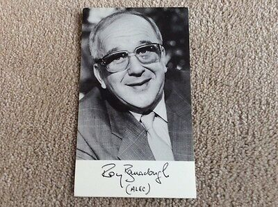 Roy Barraclough As Alec Gilroy Coronation Street Pre Printed Signed Card