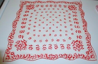 Vintage Hanky  Red Roses  Scalloped Edges  Cotton  14 x 14  Q237