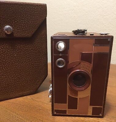 Kodak Beau Brownie No. 2A Box Camera CLEAN Walter Dorwin Teague Tan Brown CASE