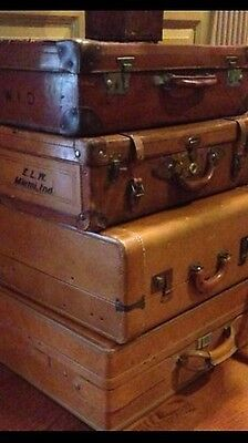 Display Set Of 4 Antique Vintage Suitcases