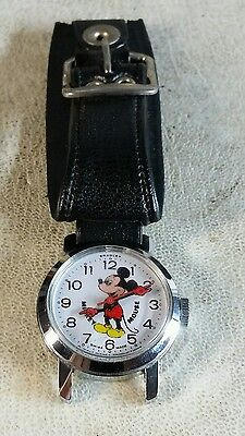 Awesome Vintage Bradley mickey mouse runs overnight several nights