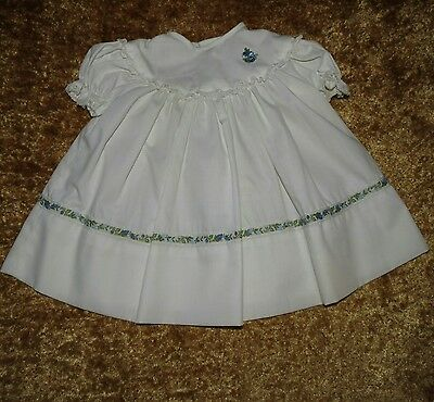 Sweet Vintage Handmade Baby Dress White Floral Accents Lace Trim Approx 0-6 M