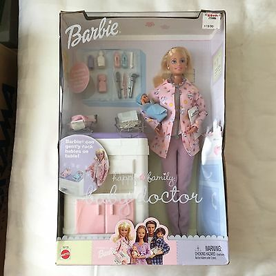 NRFB Doll BARBIE HAPPY FAMILY Baby DOCTOR 2002 Mattel #56726 Exam Table 2 Babies