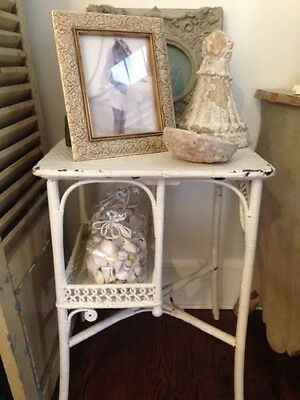 LAST CALL * fAbUloUs pAInTeD wHiTe sHaBbY cHiC viNtAgE wiCkEr sHeLvEs/tAbLe