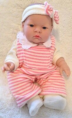 """COLLECTIBLE - Berenguer Baby Doll - Lily, Winter - 35cm (14"""")"""