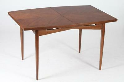 MID-CENTURY MODERN WALNUT DINING TABLE WITH TWO LEAVES & SIX CHAIRS W... Lot 491