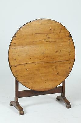 OAK FRENCH PROVINCIAL TILT TOP WINE TASTING TABLE. 19th Century. - 27... Lot 518