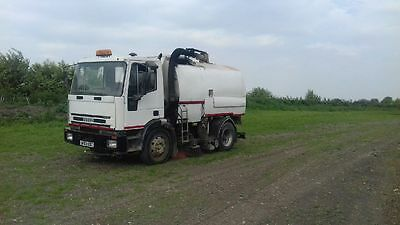 Iveco Johnston 600 Road Sweeper