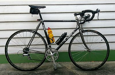 TREK 2300 Carbon road bike 58cm used - Shimano shoes plus extras included