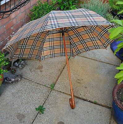 Burberry umbrella check nova large
