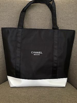 Chanel VIP Gift Tote Bag Black White Brand New 170601-3 Free Shipping