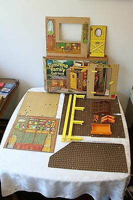 Vintage Sunshine Family Craft Store in Box No. 9266 Mattel c.1975