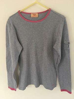 Rm Williams Beautiful Ladies Top Previously  Worn  Excellent Condition  Size 10