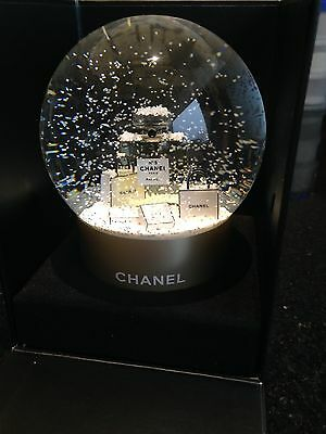 Chanel Luxury Snow Globe VIP Gift Gold No 5 Perfume Bottle Brand New Boxed