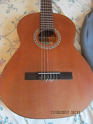 Admira Capricho Classical Guitar and Case Made in Spain VGC