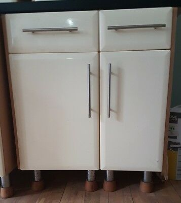 Used Kitchen Units with light Wood Effect side & Glossed cream fronts