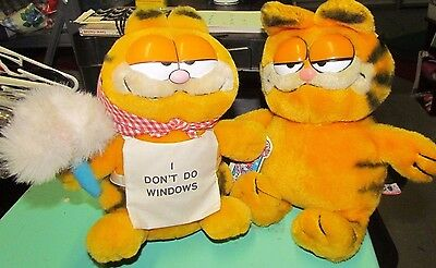 2 Vintage GARFIELD Plush Doll Toy 1978/1981 Dont Do Windows Smug Cat Cartoon Mod