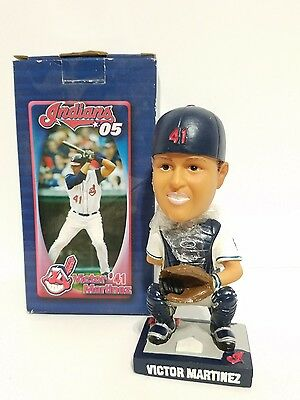 Cleveland Indians VICTOR MARTINEZ Bobble Head MLB Limited Edition 2005 SGA