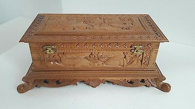 Beautiful Carved Ornate Wooden Claw Footed Box With Mirror in Lid