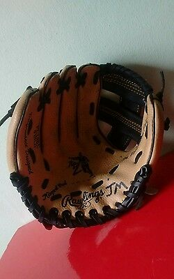 Jeter Rawlings Softball/Baseball Right Hand Glove  for left hand thrower youth