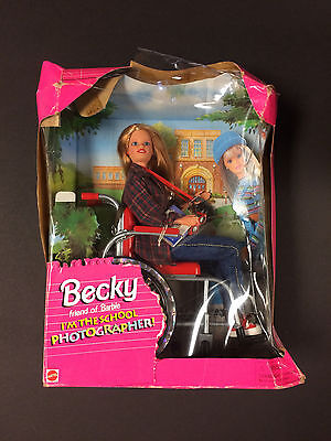 """""""Becky"""" Friend Of Barbie I'm The School Photographer! Barbie Doll #20202 - New"""
