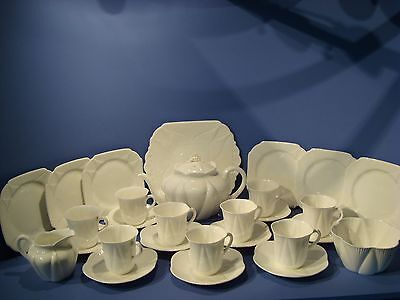 Shelley 'dainty White'  Large Tea Set Including Teapot