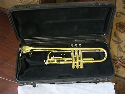 Bach Trumpet /case/ Sheet Music Stand &pair Of Woofers