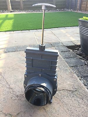 "Valterra 4"" Slide Gate Valve For Koi Pond Filters / Bottom Drain Pipework. VGC"