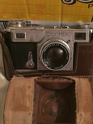 Zeiss Ikon Contax Vintage  Camera & Case.  PLEASE SEE ALL THE PICTURES.