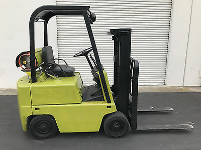 Clark C500-35 Forklift 3500 lb Capacity Fully Working Condition