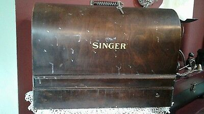 Vintage Early 1900s Portable Singer Sewing Machine Bentwood Box With Key