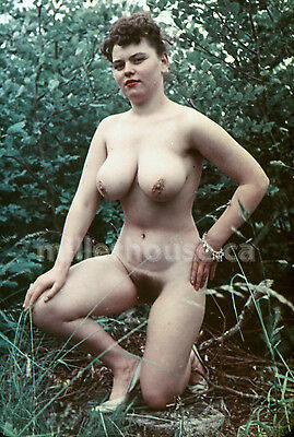 1950's Busty Brunette Original Nude Pin-Up 35mm Film Transparency Slide Photo #2