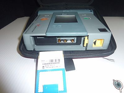 Philips - HP Heartstream Semi Automatic AED with case