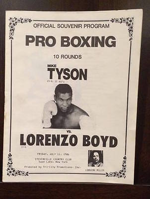 VERY RARE! Mike Tyson v Lorenzo Boyd Boxing fight program - Excellent Condition.