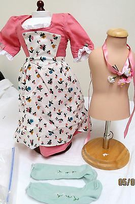 AmericanGirl Felicity Spring Gown with Pinner Apron & Pompon - Retired