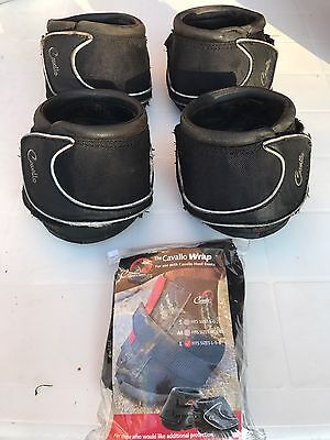 4 Cavallo Sport Hoof Boots And 2 Pastern Wraps
