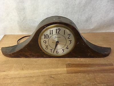 Vintage Sessions Deco Mantle Clock, Model 2W, Mahogany Case