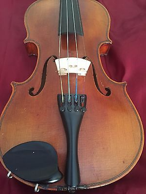 Very Old Antique Violin Full Size Comes With Case And Bow
