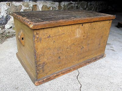 Large Antique Primitive 6 Board Grain Painted Dovetailed Seaman's Storage Chest
