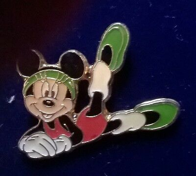 pins disney minnie mouse gymnastique gym