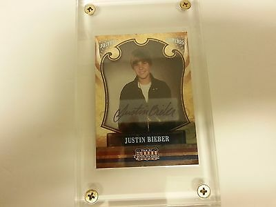 Justin Bieber 2011 Panini Americana Private Signings Authentic Autograph Card