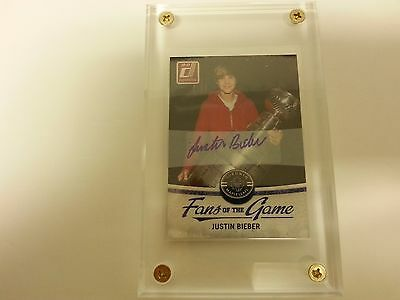 Justin Bieber 2010-11 Fans Of The Game Authentic Autograph Card
