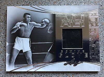 Muhammad Ali EVENT WORN BOXING GLOVE Material Swatch Leaf 2014