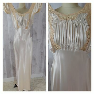 ANTIQUE Nightgown/Gown~LACE SATIN Ivory/Cream VICTORIAN EDWARDIAN Vintage 36-30
