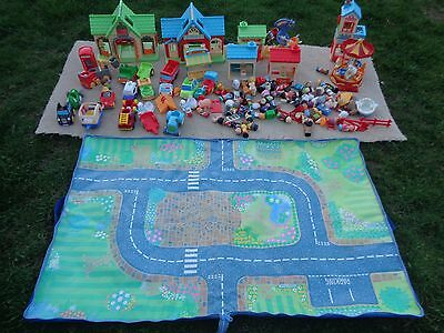 Large Collection Of Happyland Buildings Cars & People Kids Childs Toy Play Set