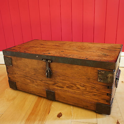 VINTAGE INDUSTRIAL CHEST Wooden Storage Trunk WWI MILITARY CHEST Rustic Pine Box