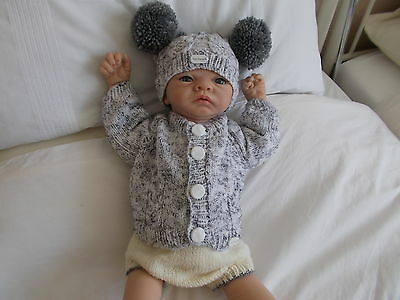 BEAUTIFUL HAND KNITTED CLOTHES DRESS SET TO FIT 22 in  BABY OR REBORN DOLL