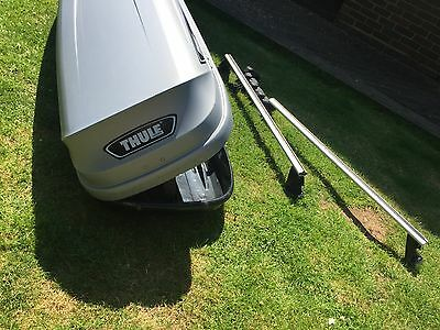 Thule Pacific 700 Roof Box