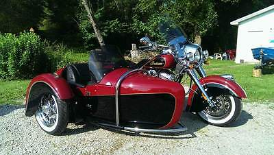2015 Indian Chief Classis  2015 INDIAN CHIEF CLASSIC w/ Custom Hannigan Heritage Sidecar